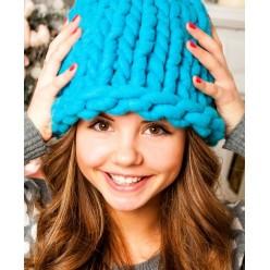 Объемная шапка из натуральной шерсти мериноса